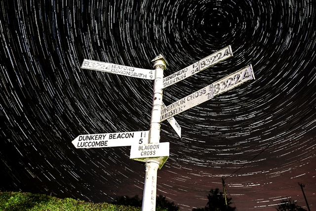 Exmoor Blagdon_Cross_Startrails - image darkskytelescopehire.co.uk