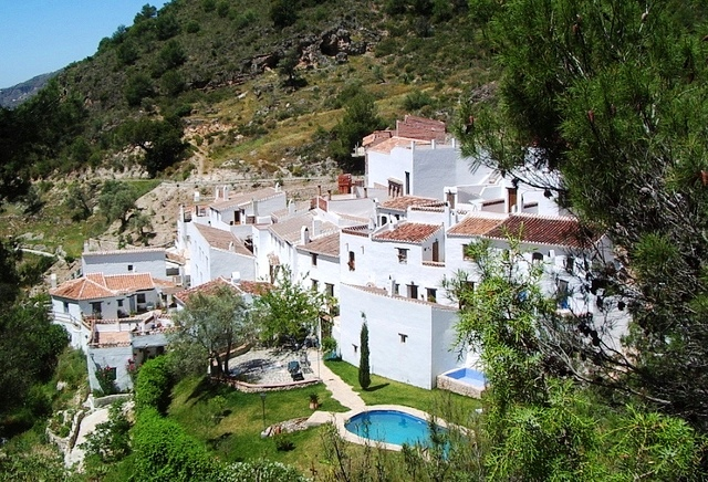 El cebuchal Village