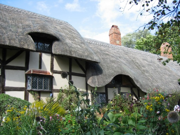 Anne Hathaway's Cottage - photo by MW Errikson