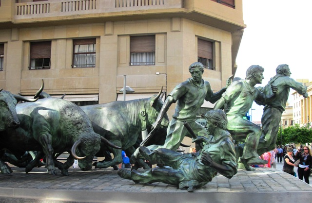   Bull-running Monument in Pamplona - photo by  