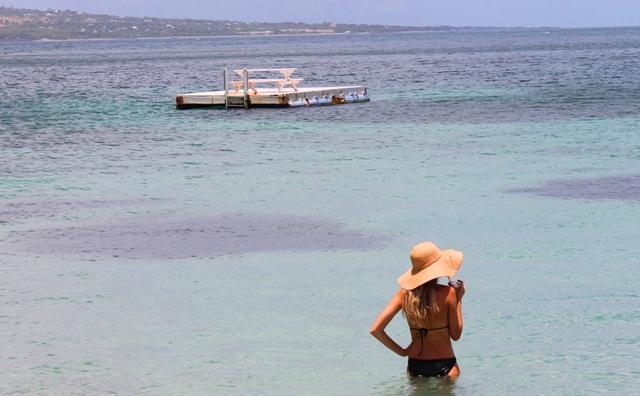 Reggae Beach babe - St Kitts - image Zoe Dawes