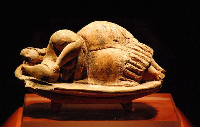 'The Sleeping Lady' found in Hal Saflieni Hypogeum, Malta - image Jvdc