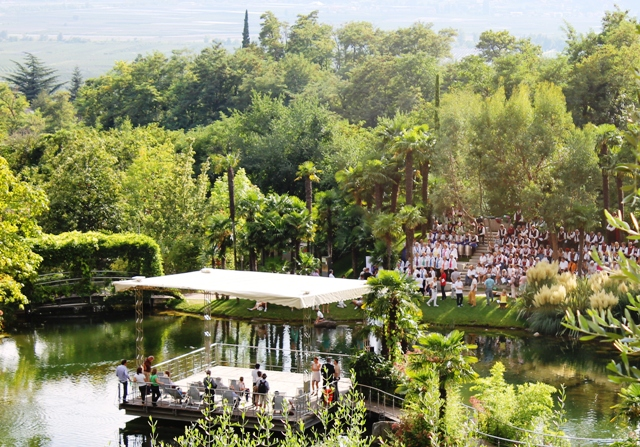South Tyrol Day of Choirs Gardens of Trauttmansdorff Castle- image Zoe Dawes
