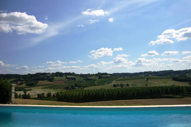 Valmar swimming pool & countryside