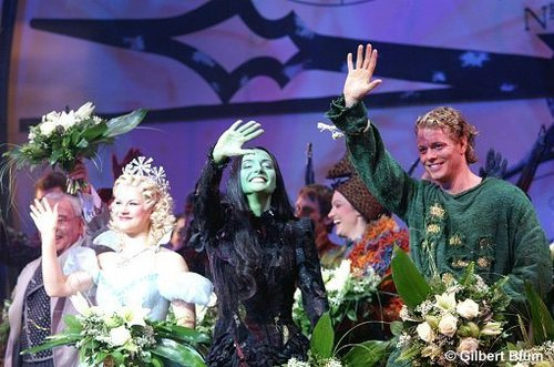 'Wicked' Stuttgart Curtain Call - by The Western Sky