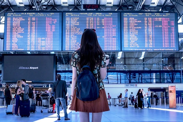 9 Top Tips for stress-free airport travel