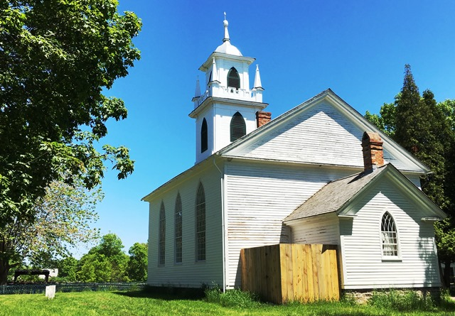 Christ Church - Upper Canada Village - photo Zoe Dawes