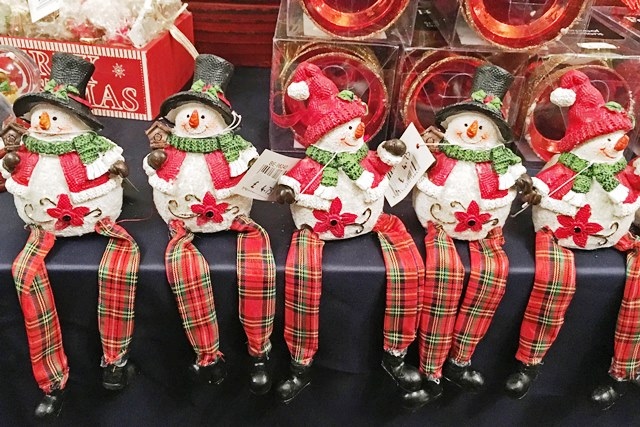 Festive snowmen at Dunster Christmas Decorations Shop
