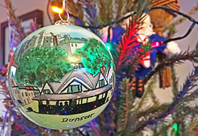 Dunster hand-painted Christmas Bauble