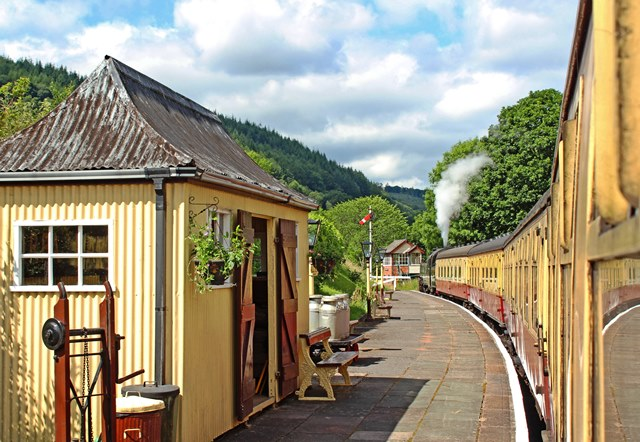 Llangollen Railway steam train -photo Zoe Dawes