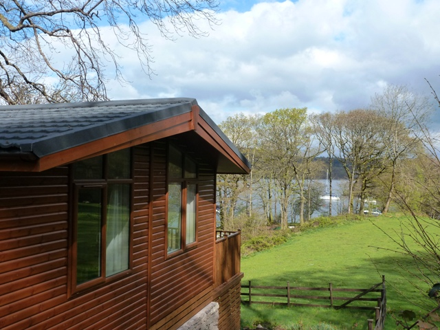 Blakeholme Bay Lodge &amp; lake
