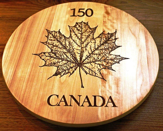 Maple Leaf platter Canada 150