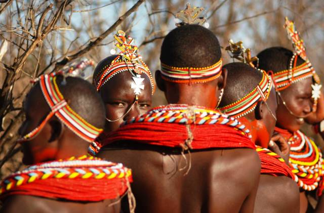 Samburu girls in Kenya - photo Ol Malo