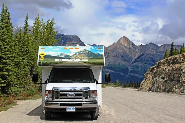 RV on the Icefields Parkway The Rockies Canada - photo zoedawes