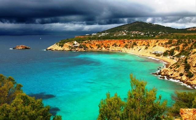 Ibiza beach, Balearic island Spain student holiday - image Andre30c via Wikimedia