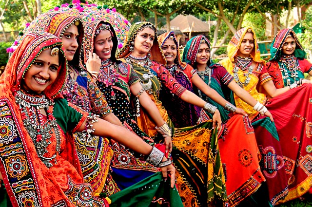 essay on beauty of indian culture