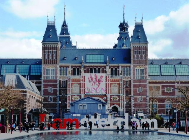 The Rijksmuseum in Amsterdam - image Zoe Dawes