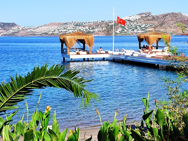 Yalikavak Beach platforms for easy access to the warm turquoise sea
