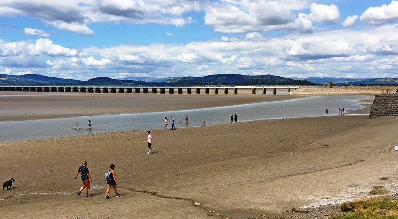 Arnside beach and viaduct Cumbria - photo Zoe Dawes