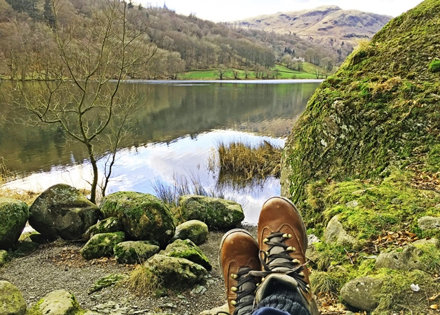 Relaxing beside Grasmere in the Lake District Cumbria - photo zoe dawes