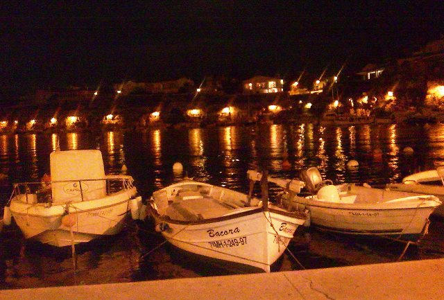 Calas Fons - night menorca