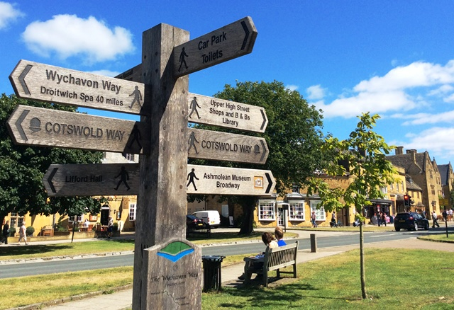 Cotswold Way signpost in Broadway