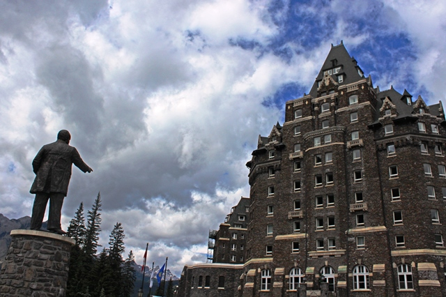 Sir William van Horne and Banff Springs Hotel
