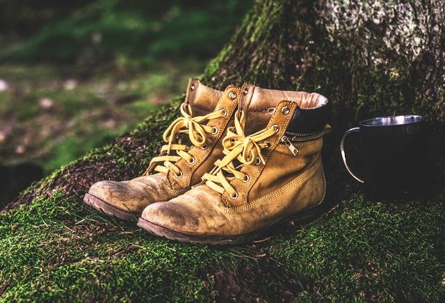 Beginners Guide to Hiking - walking boots