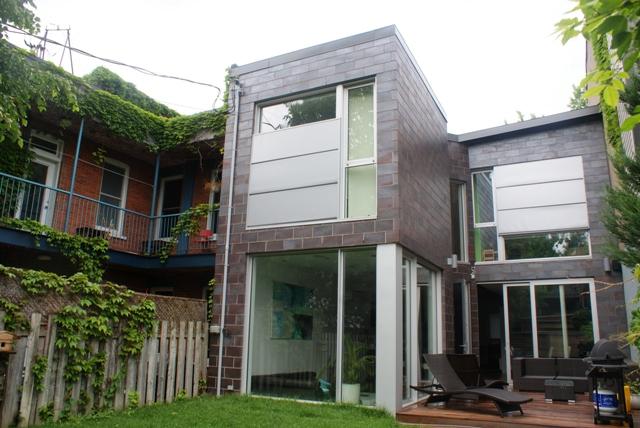 House-Trip-Montreal-back-garden Canada