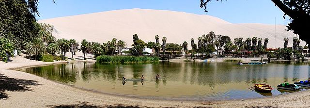 Huacachina Decembre 2006 - Panorama by Martin St-Amant