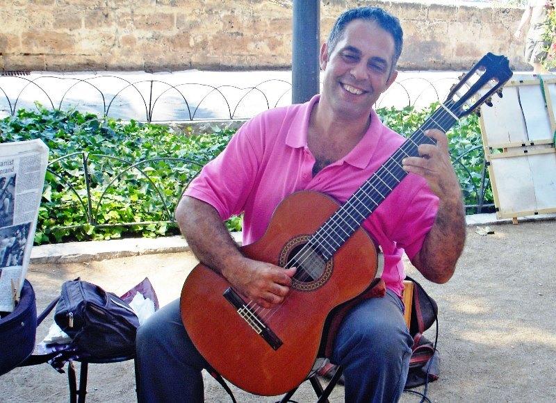 Mariano Miranda guitarist - Palma Majorca