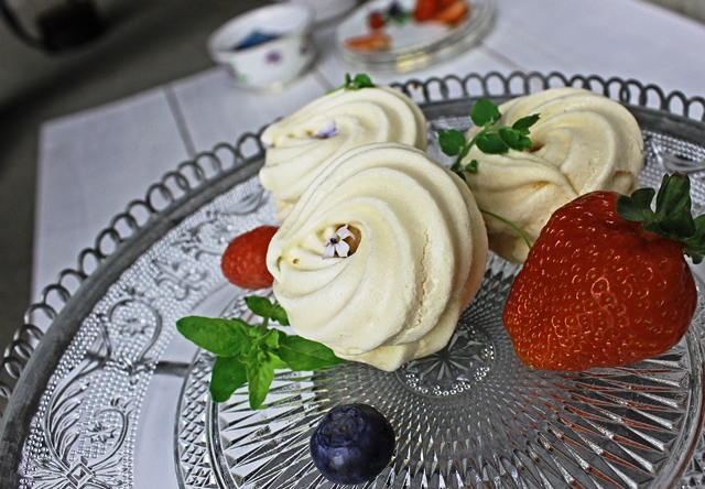 Meringues and summer fruit - Food photography tips - create a desire to eat - zoedawes