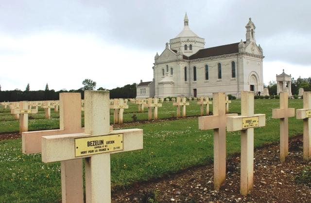 Notre-Dame de Lorette WW1 military graves
