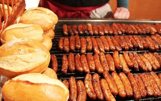 Nuremberg Rostbratwurst Sausages Christmas market - photo Zoe Dawes