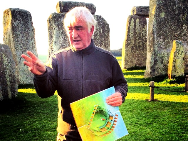 Pat Shelley Stonehenge guide - photo zoedawes