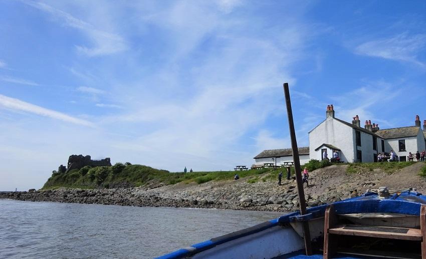 Piel Castle from the ferry - Barrow-in-Furness - photo Zoe Dawes