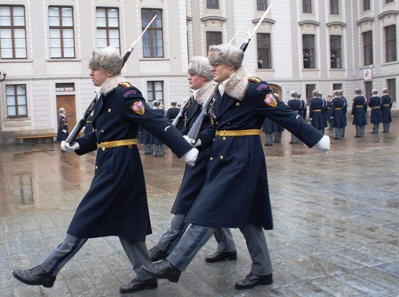 Guards at Prague Castle in winter uniform - The Quirky Traveller