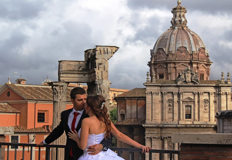 Romantic sights in Rome Italy - photo Zoe Dawes