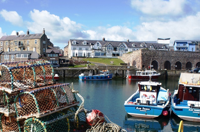 Seahouses harbour Northumberland - photo Zoe Dawes