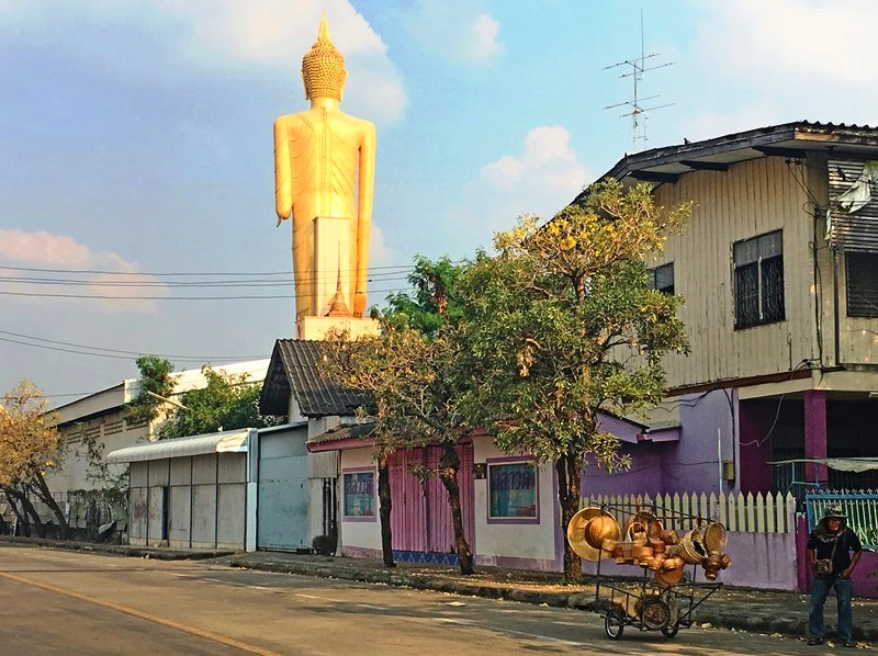 Standing Buddha at Roi Et in North East Thailand - photo Zoe Dawes