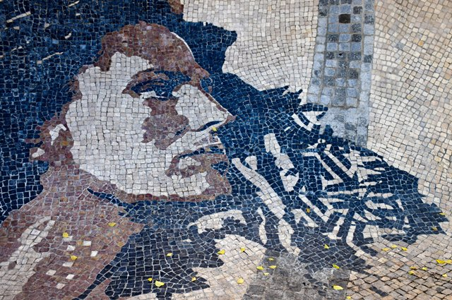 fado singer Amália Rodrigues. Street art - things to do in Lisbon