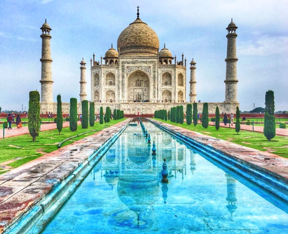 The Taj Mahal India - My 7 World Wonders - Zoe Dawes