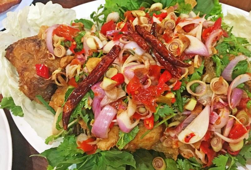 Thai fish dish Roi Et seafood restaurant