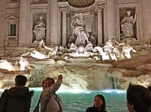 Throwing coins in the Trevi Fountain - 48 hours in Rome - zoedawes