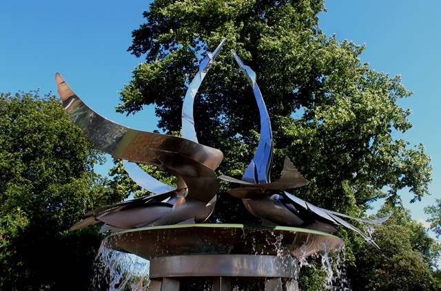 'The Swan Water Fountain' Christine Lee Stratford Stratford upon Avon - image zoedawes